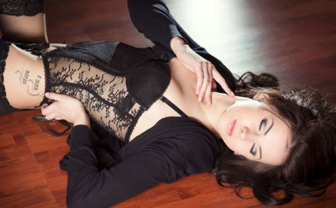 常用护垫易招阴道炎的诱惑图片