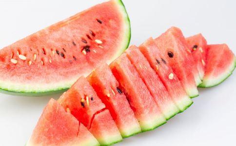 夏季吃西瓜的8大健康禁忌 2
