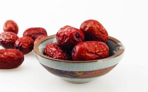 冬季女性吃红枣的7大好处