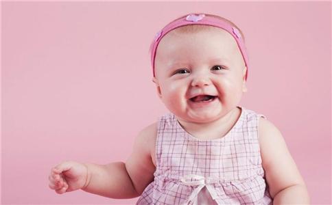 9个月宝宝的发育指标 九个月的宝宝发育指标 九个月宝宝发育指标