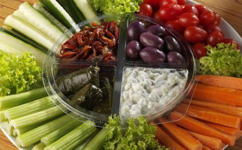 蔬菜怎样吃对身体健康 烧好的菜不能马上吃 吃蔬菜能喝汤吗