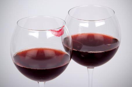 女性喝红酒_女人喝红酒的九大好处_女人养生_中医_99健康网