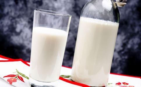 喝牛奶的注意 哪些人不宜喝牛奶 喝牛奶要注意哪些