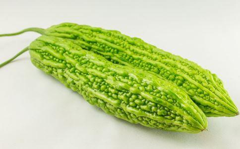 夏季吃苦瓜的好处 苦瓜的营养价值 夏季吃苦瓜有哪些好处